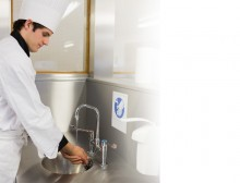 Maintaining Quality Standards in Outdoor Catering