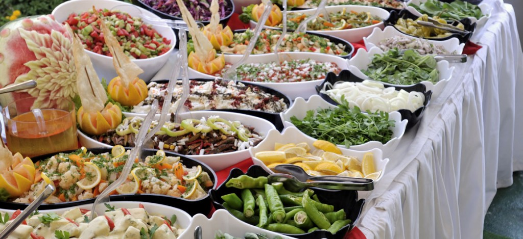food service and event catering I introduction more and more people are turning to the services of professional caterers for weddings, private dinner parties and corporate events for good reason.