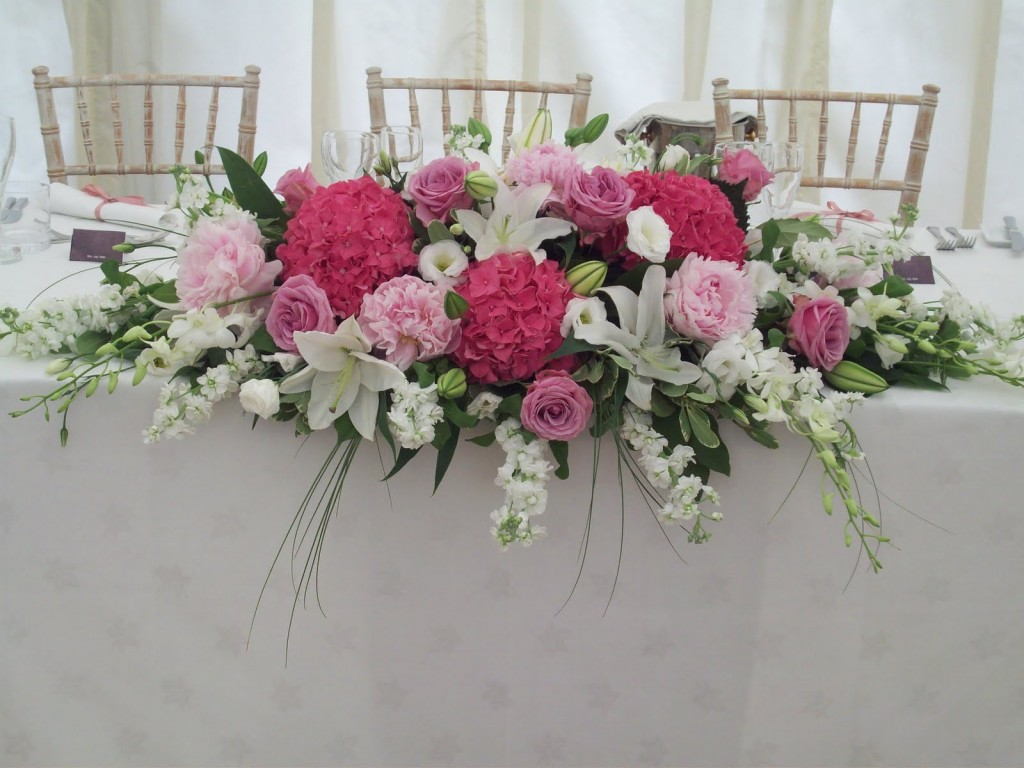 table flowers for outdoor parties