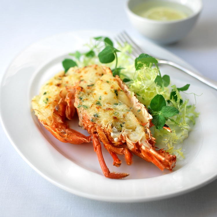 Lobster thermidor for Valentine's Day Catering