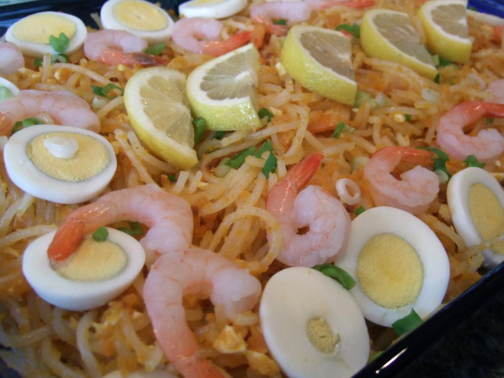 Panchit Palabok Filipino dish